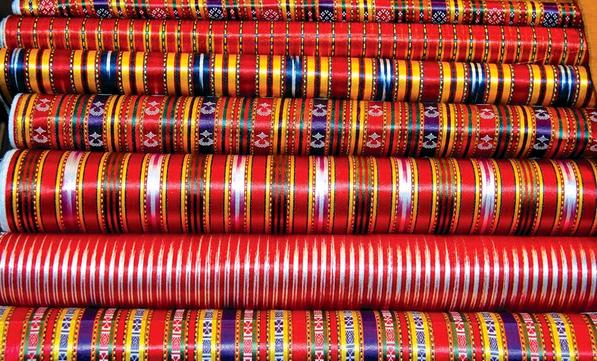 Un tissu traditionnel de Gaziantep, le « kutnu », attire l'attention du monde entier au salon Première Vision à Paris
