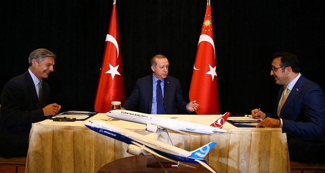 Turkish Airlines s'engage à acheter 30 Airbus et 30 Boeing